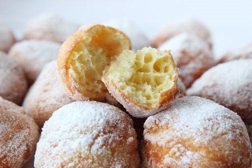 Банановые пончики