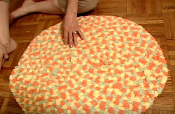 Нарежьте старые полотенца и получите что-то невероятное! Вы можете зарабатывать деньги с этой идеей