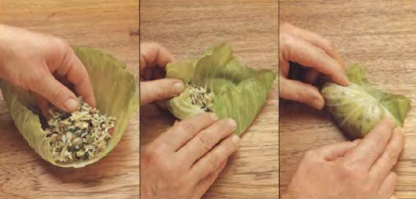 Фарш, завернутый в листья