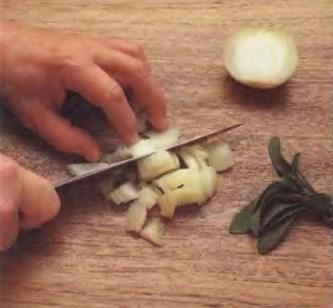 Начинка из намоченного хлеба. Приготовление ингредиентов
